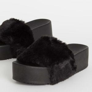 Just In!🖤Black - All Fur You Thick Platform Slide